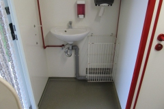 6-Toilettenwagen_4_-_Herren_WC_3b