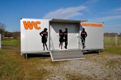 Vermietung-von-Toilettenwagen-Tobias-Evers-TW-5-6