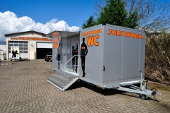 Tobias-Evers-Toilettenwagen-guenstig-mieten-2